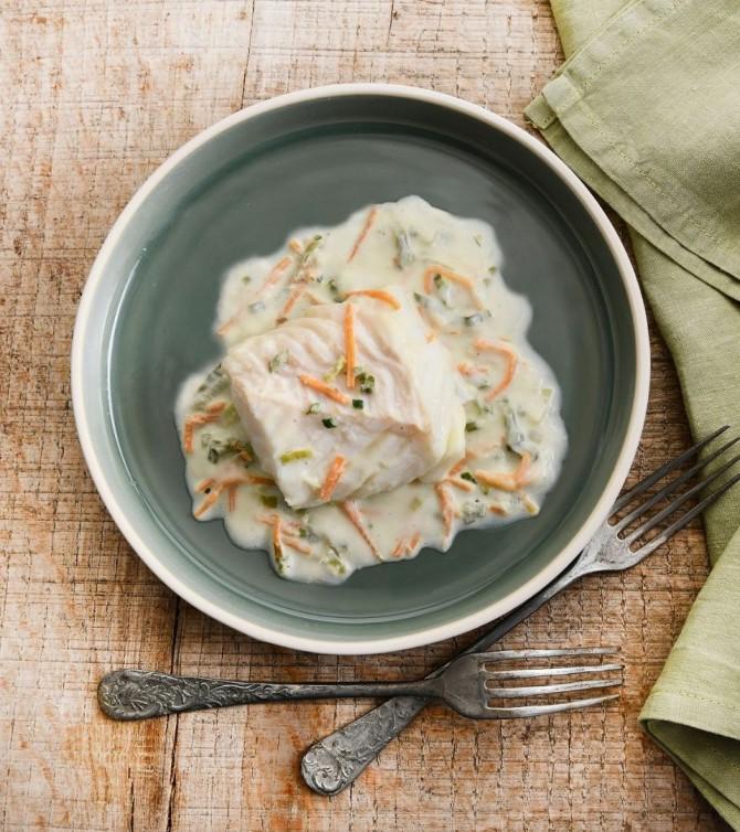 Cabillaud à la crème avec petits légumes - Le Petit Cuisinier