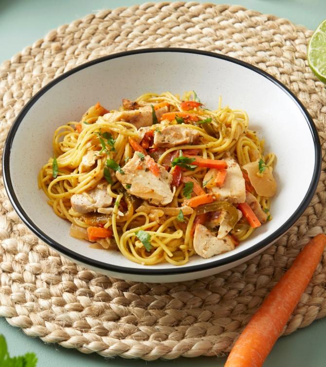 Nouilles asiatiques et poulet - Le Petit Cuisinier