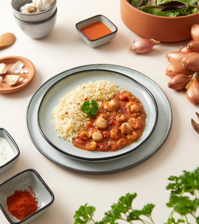 Duo de St jacques et écrevisses sauce armoricaine avec riz - Le Petit Cuisinier