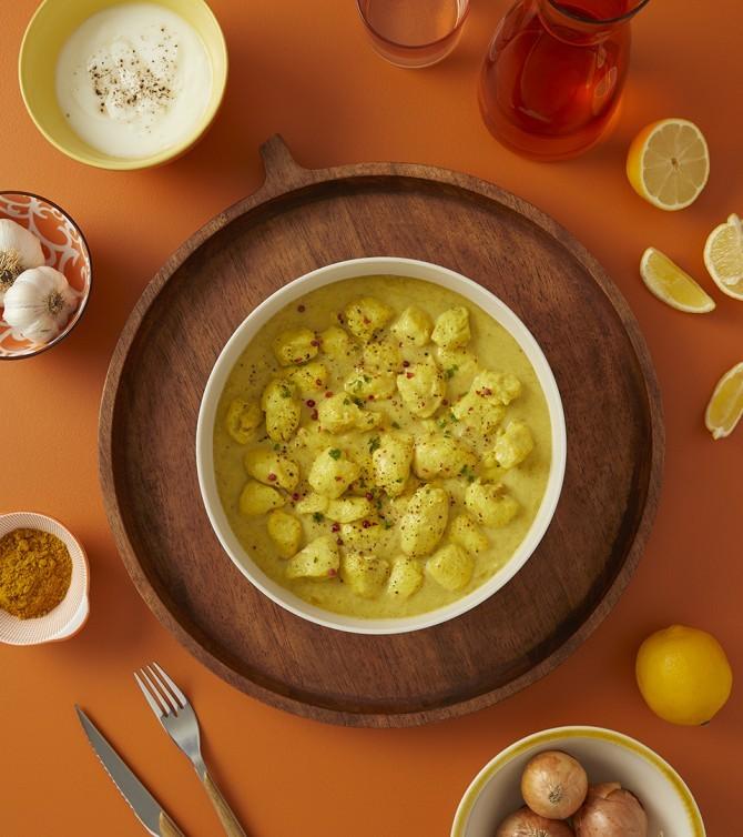 Bouchées de poulet sauce curry et lait de coco
