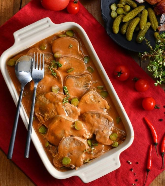 Langue de bœuf sauce piquante - Le Petit Cuisinier